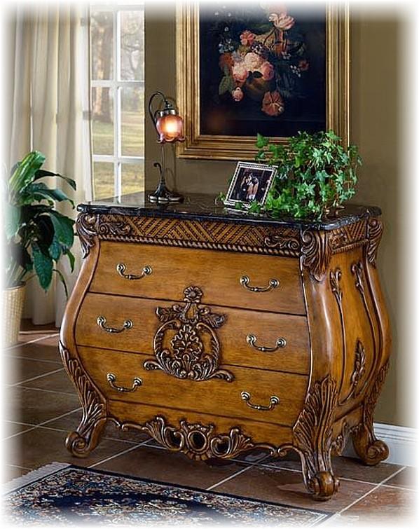 Антикварная мебель.
