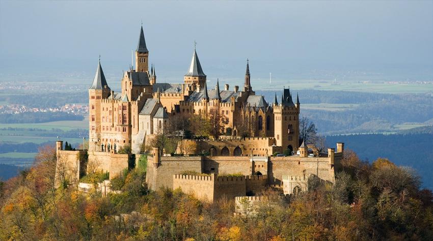 Замки, дворцы, крепости