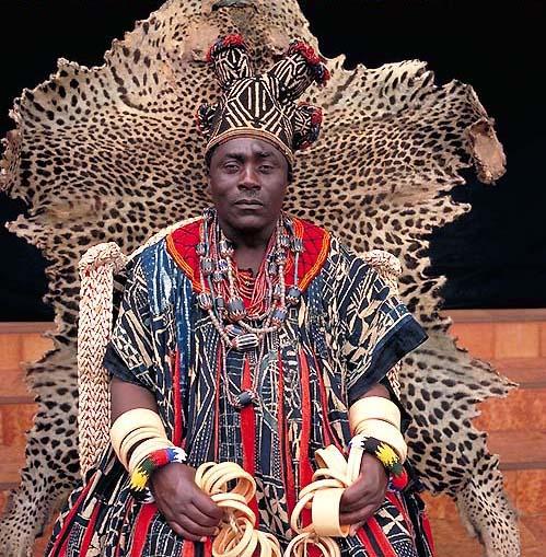 Монархи в Африке от фотографа Даниэль Лэнэ.