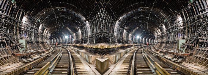 Стройка в метро