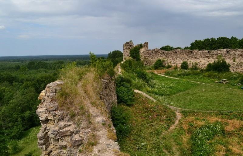 Заброшенная крепость