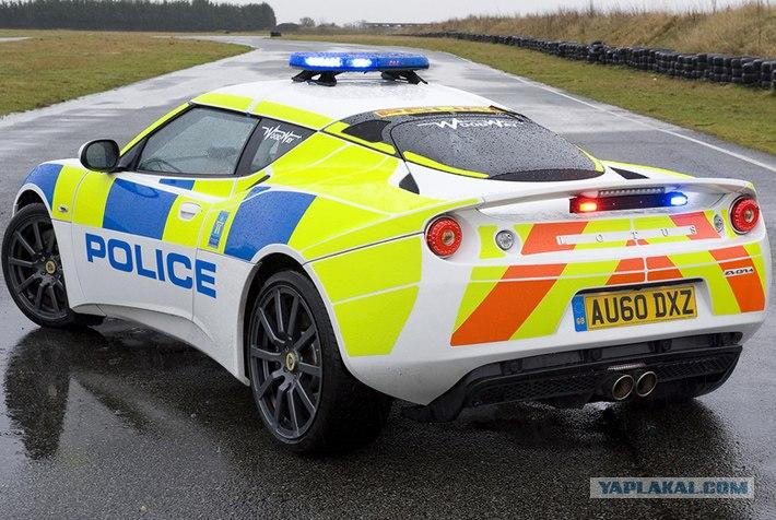 Cамые крутые полицейские тачки