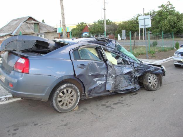 Автомобили после оварии