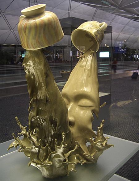 Кофейный поцелуй - самая необычная съедобная скульптура.