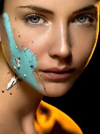Для любителей яркого макияжа