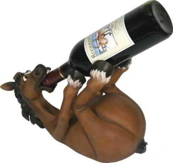 Креативные бутылки и подставки.