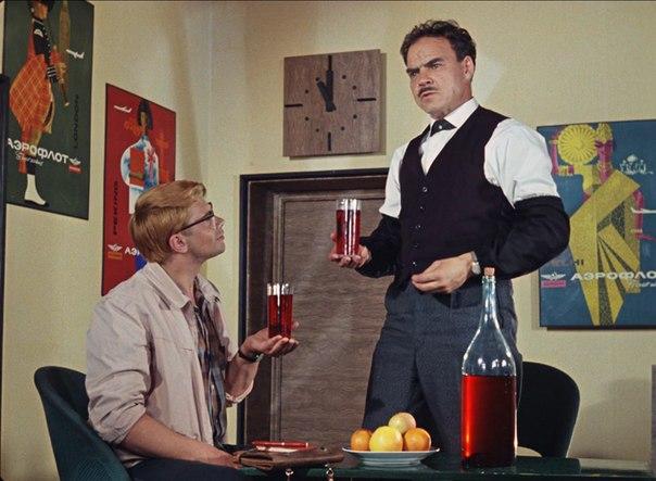 Забуксовал. Так выпьем же за то, чтобы наши желания совпадали с нашими возможнстями!